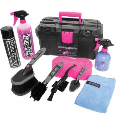 Muc-Off Motorcycle  Essential Cleaning Kit